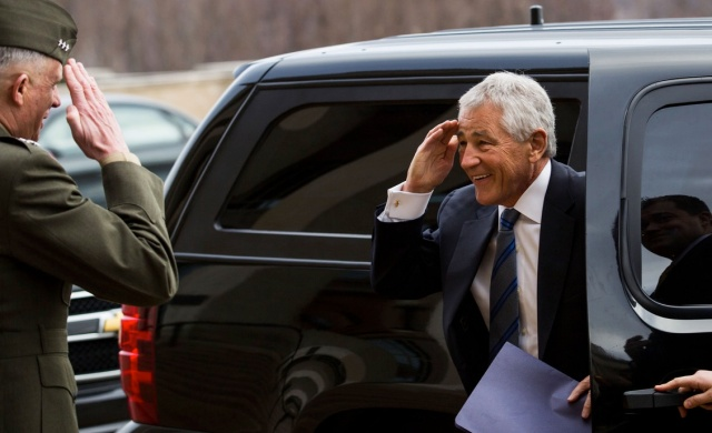 Hagel salutes cropped